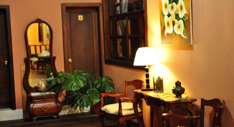 Hotel Coronel