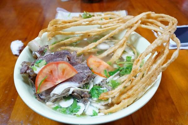 [桃園]胡同彭家老舖新疆拉麵-獨特饊子麵 羊肉一點腥羶味都沒有 涼拌菜超好吃啊!