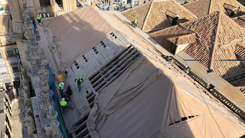 Profesionales de Albaida trabajando en la Catedral de Jaén. Autor: Albaida Infraestructuras