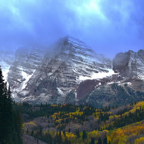 Peaks in the Clouds by Michael Smith - Landscapes Mountains & Hills ( clouds, mountains, colorado, maroon bells, landscape, peaks )