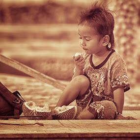 by Jap s Jafar Shadiq - Babies & Children Child Portraits