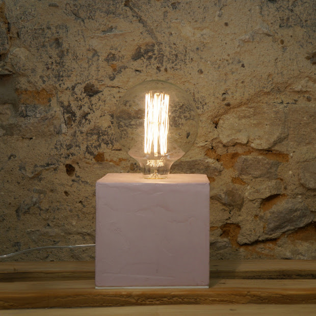 lampe béton rose pastel - lampe cube