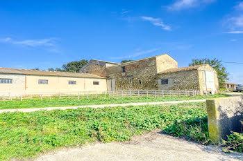 propriété à La Tour-d'Aigues (84)