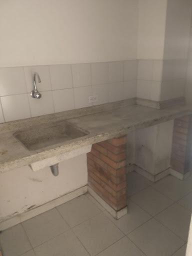 Bodegas en Arriendo/venta - Cota, Cota 642-4615