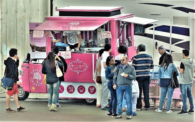 Pink Street Food di ely50