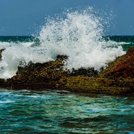Water splash by Mahul Mukherjee - Nature Up Close Water ( water, splash, wave, sea, ocean, photo, photography, wall )