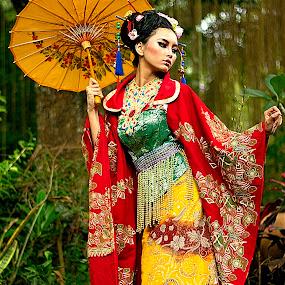Batik in Japanese Beauty by Dodi Yoga - People Fashion ( indonesia, batik, deemozart )