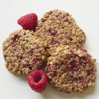 Raspberry Instant Oatmeal Cookies.