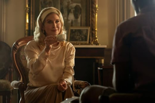 Elizabeth Mitchell Talks Outer Banks Season 2, Playing a 500-Year-Old Vampire, & More!
