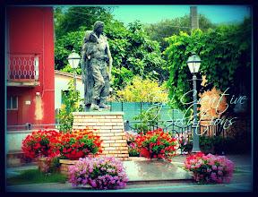 Photo: Statua commemorativa ai Caduti
