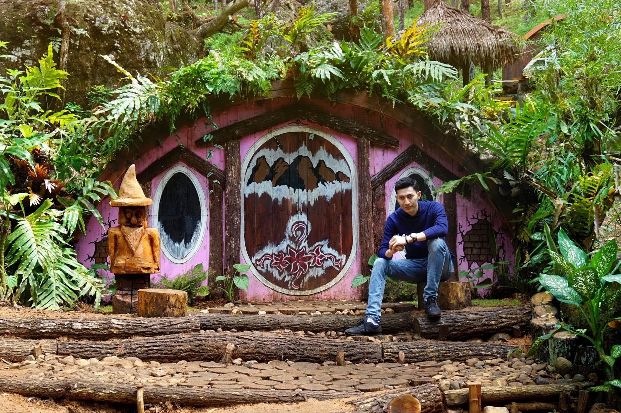 Rumah Hobbit Seribu Batu Songgo Langit, Yogyakarta