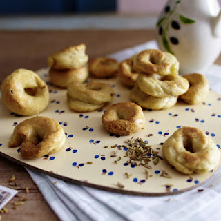 Puglian Taralli - Crispy Dough Rings
