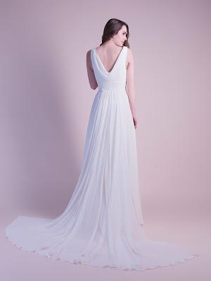 robe-de-mariee-dina-dos-robe-de-mariage-empire-robe-de-mariage-dos-nu-robe-de-mariee-fluide