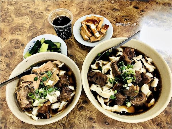 富宏牛肉麵~西門捷運站,24小時不打烊的國民小吃牛肉麵,米其林必推的銅板美食,加湯加麵不用錢
