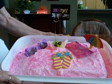PINK LEMONADE BIRTHDAY CAKE
