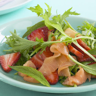 Strawberry and Smoked Salmon Salad