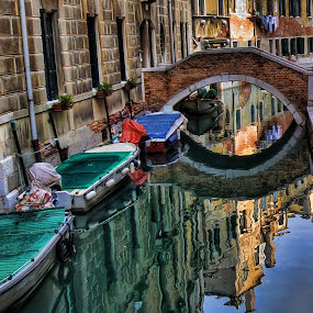 Venetian reflections by Stefano Landenna - City,  Street & Park  Vistas ( venezia, water, canale, reflection, hdr, boats, venice, sea, bridge, italy, canal )