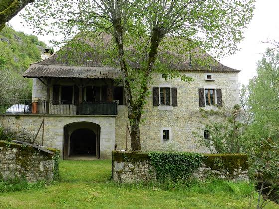 Vente propriété 3 pièces 90 m2
