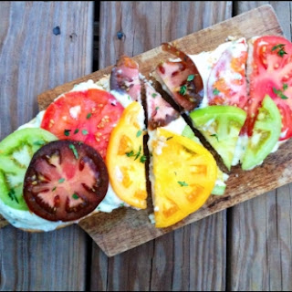 Heirloom Tomato & Whipped Ricotta Toast