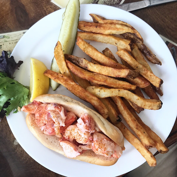 Lobster roll with pub fries (all GF!)