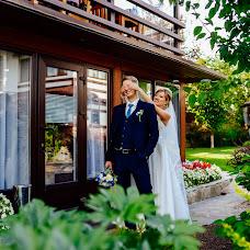 Wedding photographer Inna Belousova (Inna94). Photo of 25.10.2017