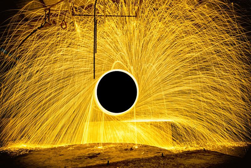 Il buco nero  di massimo_lazzarin