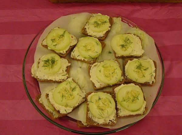 Party Rye Cucumber Sandwiches Recipe