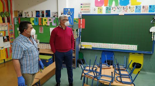 Huércal de Almería lleva a cabo la desinfección integral en los cuatro colegios
