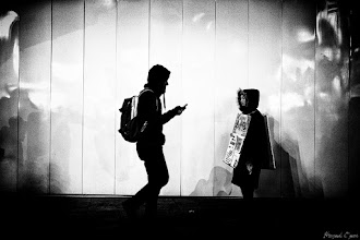 Photo: 交差  Tokyo Street Shooting Location; #Shinjuku , #Tokyo , #Japan   #photo #photography #streetphotography #streettogs  #leica #leicammonochrom