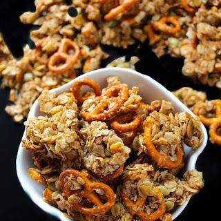 Pumpkin Spice Pretzel Granola Clusters