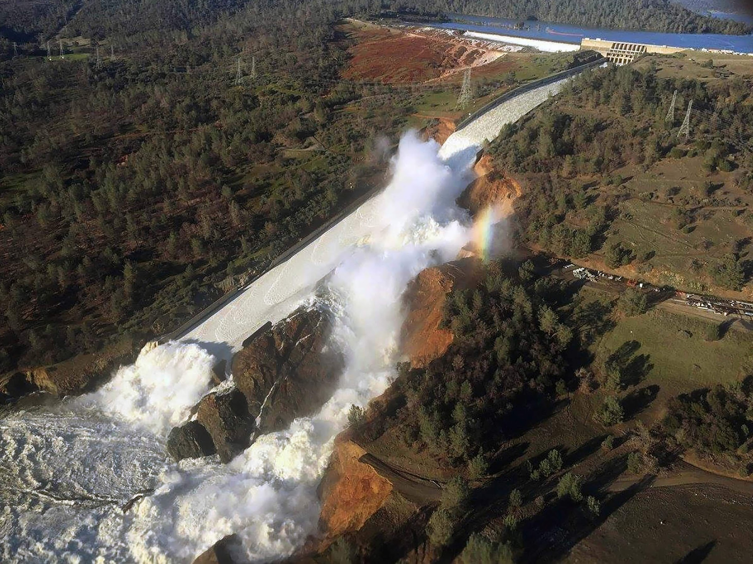 Collapse of dams