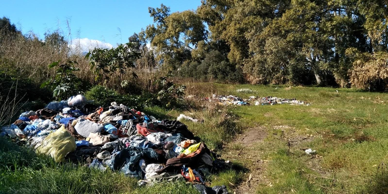 Los ecologistas denuncian el vertedero incontrolado cerca de las marismas del Rio Palmones