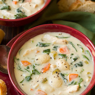 Creamy Chicken and Gnocchi Soup (Olive Garden Copycat).
