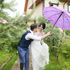 Wedding photographer Anna Stenina (annastenina86). Photo of 13.08.2017