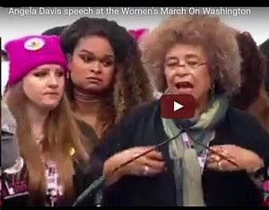 Angela Davis, Bild aus Video.