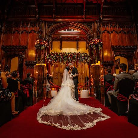 Wedding photographer Verity Sansom (veritysansompho). Photo of 20.11.2018