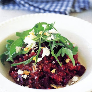 Beetroot Risotto with Goats' Cheese and Walnuts (Vegetarian) Recipe