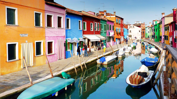 Borgo in technicolor di Justinawind