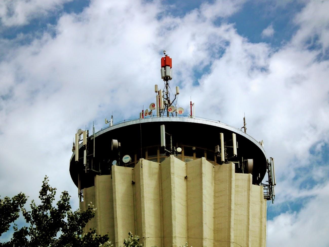 Makó/víztorony - helyi DVB-T adóállomás