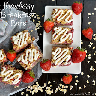 Strawberry Breakfast Bars – Back To School Fuel