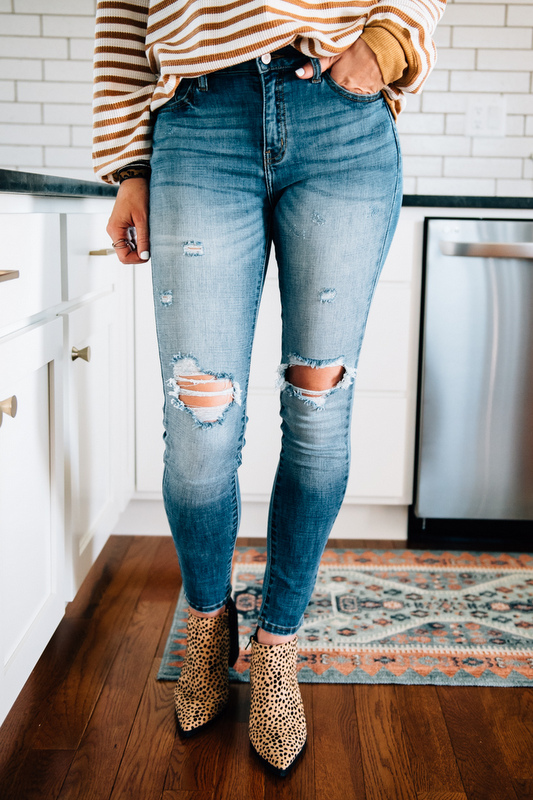 Navi Distressed Skinnies