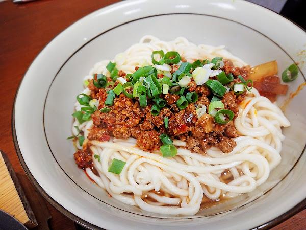美鄉拉麵屋:在地人的隱藏版美食 海鮮濃湯-台北科技大樓 Kao空食客