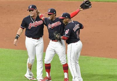 MLB: Les Indians à une victoire de rentrer dans l'histoire!
