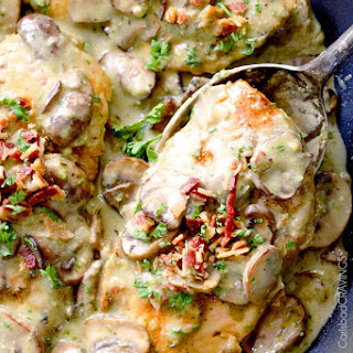 Skillet Chicken in Creamy Mushroom Sauce with Bacon and Pesto