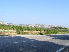 Photo: Along the way to our next stop, we drive in Alpilles country, the unexpectedly-bare limestone hills (up to 1300 feet) in this region.