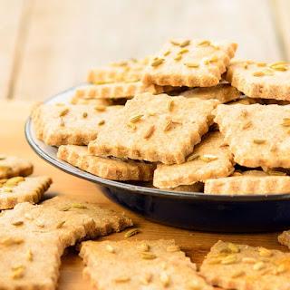 Rye Fennel Crackers.