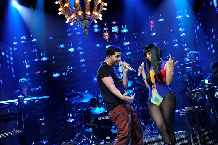 Drake and Nicki Minaj perform on Saturday Night Live. When it comes to diss tracks, these two rappers know exactly what they are doing.