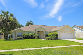 Private Orlando villa to rent, gated community, close to Disney, south-facing pool