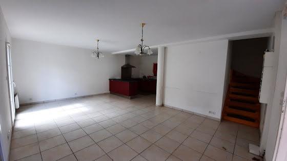 Location maison 4 pièces 77 m2