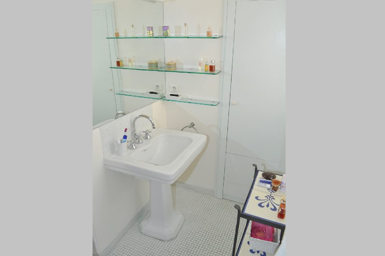 Bathroom at 2 bedroom Apartment in St Germain